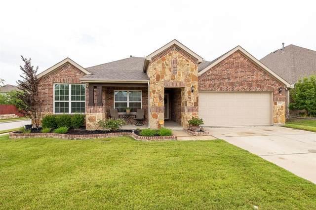2036 Plamera Lane, Fort Worth, TX 76131 (MLS #14631349) :: The Mauelshagen Group