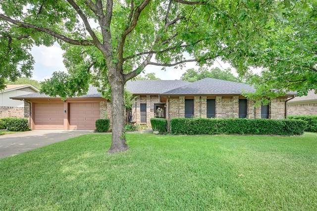 1106 Timber Ridge Drive, Euless, TX 76039 (MLS #14631385) :: The Mitchell Group