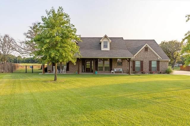 3227 Golden Oaks Circle, Granbury, TX 76049 (MLS #14631486) :: The Mauelshagen Group