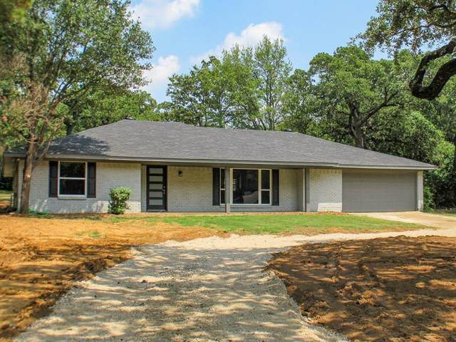 2019 Valley View Drive, Burleson, TX 76028 (MLS #14631589) :: Real Estate By Design