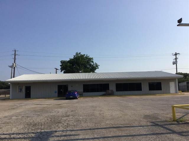 1128 W Main, Olney, TX 76374 (MLS #14631787) :: Real Estate By Design