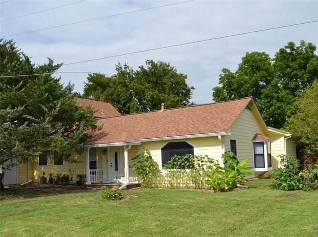 805 S 3rd Street, Grandview, TX 76050 (MLS #14631823) :: VIVO Realty