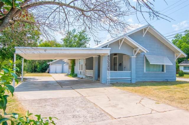 2301 Austin Avenue, Brownwood, TX 76801 (MLS #14631905) :: Jones-Papadopoulos & Co