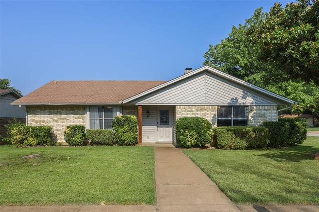 800 Lottie Lane, Saginaw, TX 76179 (MLS #14631945) :: 1st Choice Realty
