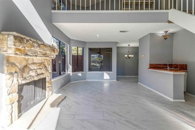 4242 N Capistrano Drive #236, Dallas, TX 75287 (#14631946) :: Homes By Lainie Real Estate Group