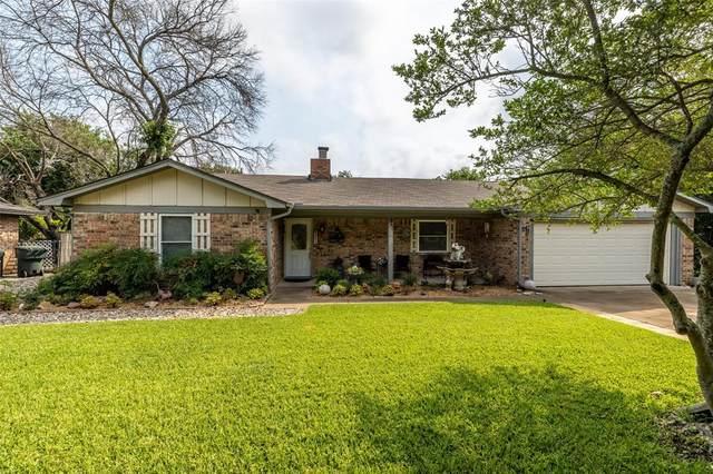 2511 Cedar Crest Court, Granbury, TX 76048 (MLS #14631952) :: Jones-Papadopoulos & Co