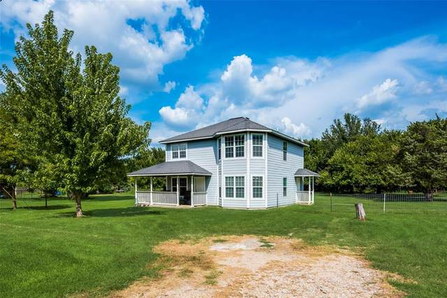 2817 Brookhollow Drive, Burleson, TX 76028 (MLS #14632008) :: The Chad Smith Team