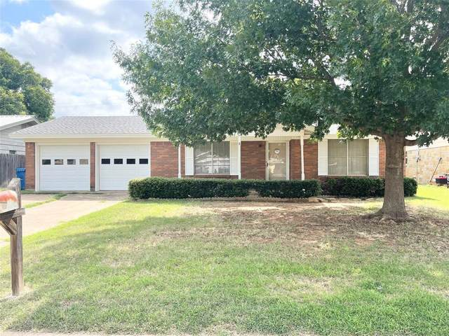 704 Renee Street, Breckenridge, TX 76424 (MLS #14632027) :: The Chad Smith Team