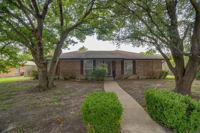 112 Chieftain Drive, Waxahachie, TX 75165 (MLS #14632095) :: The Rhodes Team