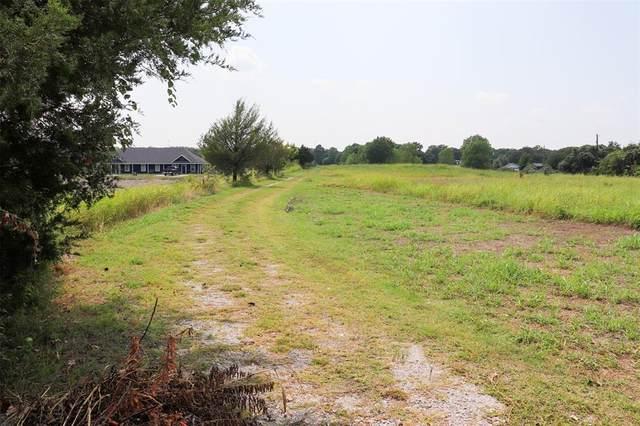 732 Silver Creek Azle Road, Azle, TX 76020 (MLS #14632097) :: Real Estate By Design
