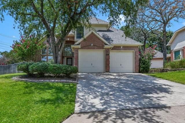 933 Kingwood Circle, Highland Village, TX 75077 (MLS #14632105) :: The Rhodes Team