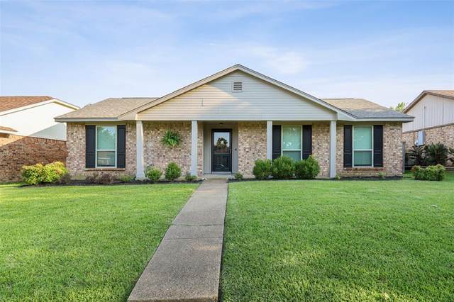 1008 Field Trail Drive, Mesquite, TX 75150 (MLS #14632188) :: Real Estate By Design