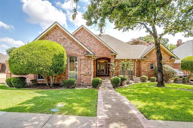 2907 Forestwood Drive, Arlington, TX 76006 (MLS #14632207) :: Real Estate By Design