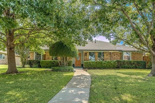 2502 Willowgate Lane, Carrollton, TX 75006 (MLS #14632403) :: Real Estate By Design