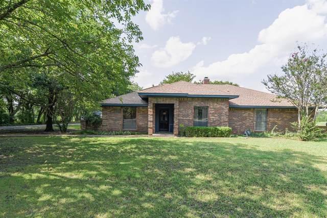 615 Milam Road, Van Alstyne, TX 75495 (MLS #14632503) :: Real Estate By Design