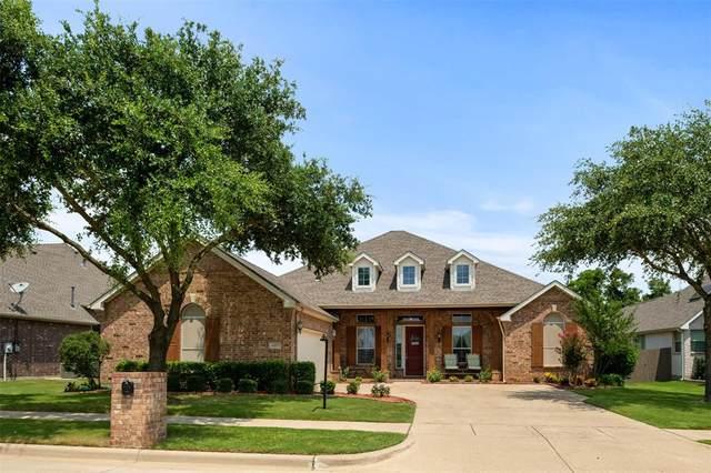 4407 Sugar Maple Drive, Arlington, TX 76001 (MLS #14632551) :: Real Estate By Design