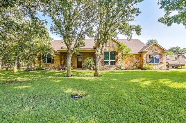 112 Coldwater Creek Lane, Weatherford, TX 76088 (MLS #14632860) :: The Kimberly Davis Group