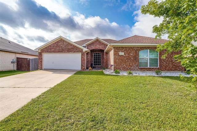 1025 Marcia Lane, Burleson, TX 76028 (MLS #14633229) :: Front Real Estate Co.