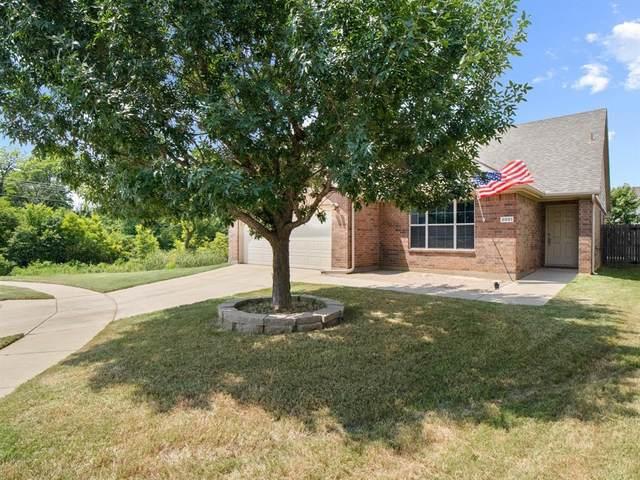 8901 Wild Rose Lane, Cross Roads, TX 76227 (MLS #14633391) :: DFW Select Realty