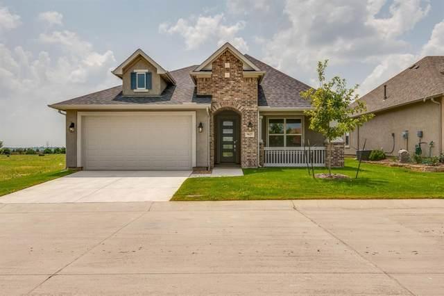 9625 Windwood Lane, Denton, TX 76207 (MLS #14633395) :: The Mauelshagen Group