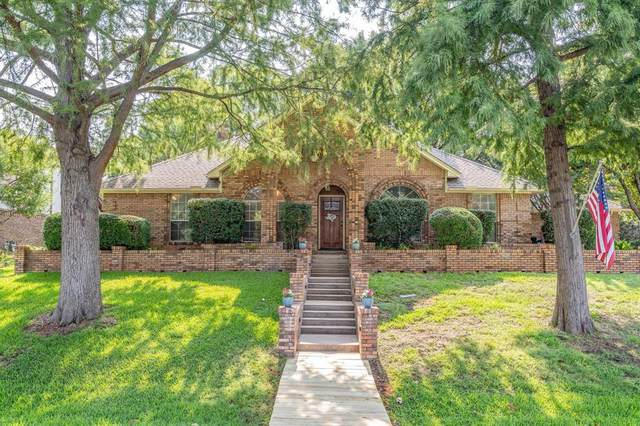 205 Dickinson Drive, Highland Village, TX 75077 (MLS #14633677) :: The Rhodes Team
