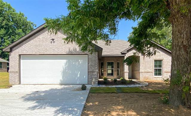 303 S 3rd Street, Grandview, TX 76050 (MLS #14633719) :: Results Property Group