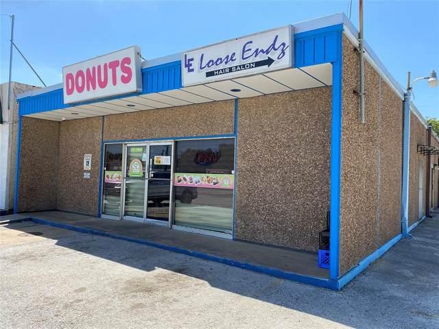 1004 Dallas Drive, Denton, TX 76205 (MLS #14633745) :: Jones-Papadopoulos & Co