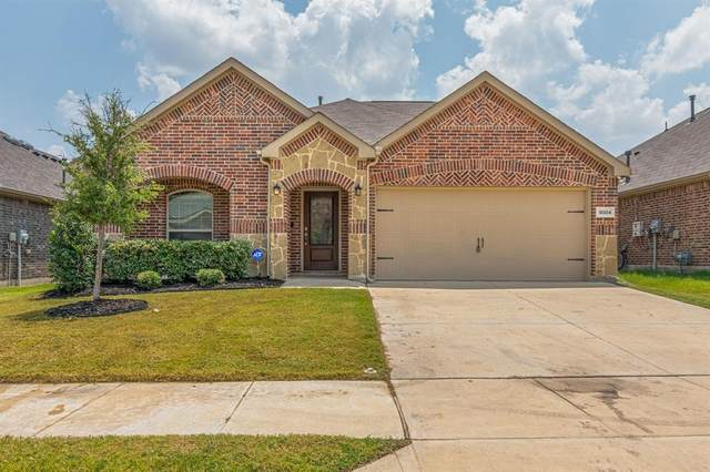 9004 Bronze Meadow Drive, Fort Worth, TX 76131 (MLS #14633800) :: The Great Home Team