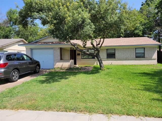 214 Baron Place, Grand Prairie, TX 75051 (MLS #14633808) :: The Tierny Jordan Network