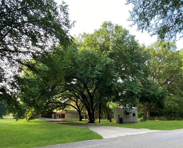 7016 County Road 802, Burleson, TX 76028 (MLS #14633813) :: The Star Team | Rogers Healy and Associates