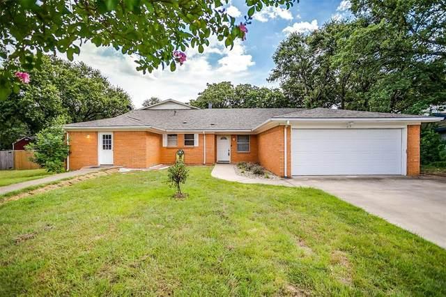 615 W Hillcrest Street, Keene, TX 76059 (MLS #14633821) :: The Mauelshagen Group