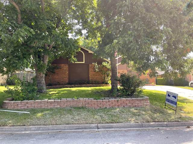 10220 Lone Pine Lane, Fort Worth, TX 76108 (MLS #14633832) :: RE/MAX Pinnacle Group REALTORS