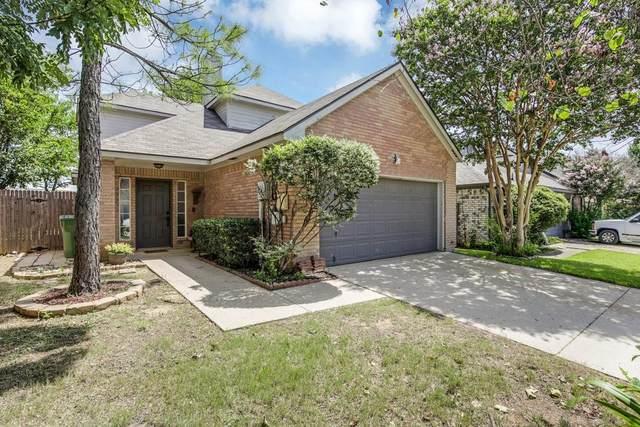 1383 Mimosa Lane, Lewisville, TX 75077 (MLS #14634016) :: Real Estate By Design