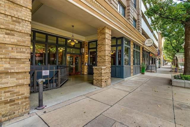 910 Houston Street #403, Fort Worth, TX 76102 (MLS #14634151) :: The Chad Smith Team