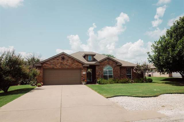 816 Wandering Court, Granbury, TX 76049 (MLS #14634243) :: Maegan Brest | Keller Williams Realty