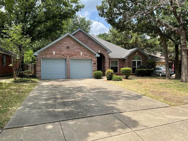 3217 Oleander Court, Bedford, TX 76021 (MLS #14634428) :: The Chad Smith Team