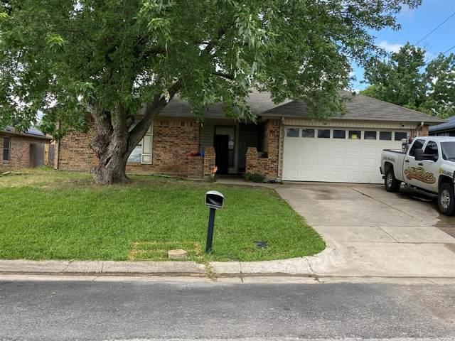926 Robinwood Drive, Arlington, TX 76017 (MLS #14634450) :: The Tierny Jordan Network