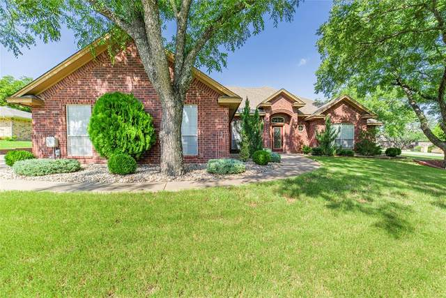 8800 Rosedown Court, Granbury, TX 76049 (MLS #14634543) :: Real Estate By Design