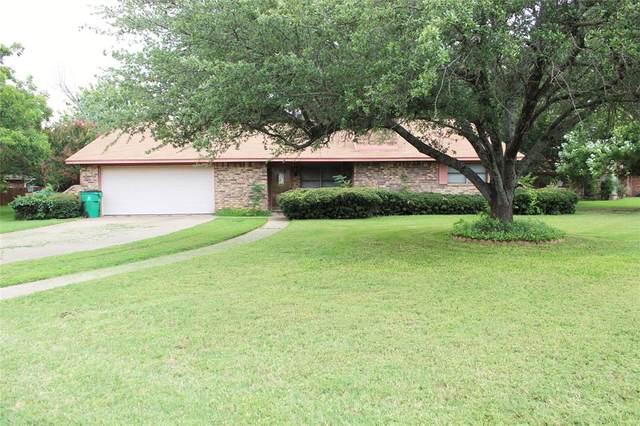 1405 Prairie Wind Boulevard, Stephenville, TX 76401 (MLS #14634652) :: The Chad Smith Team