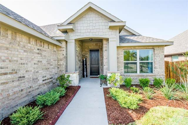 111 Old Spanish Trail, Waxahachie, TX 75167 (MLS #14634715) :: Real Estate By Design