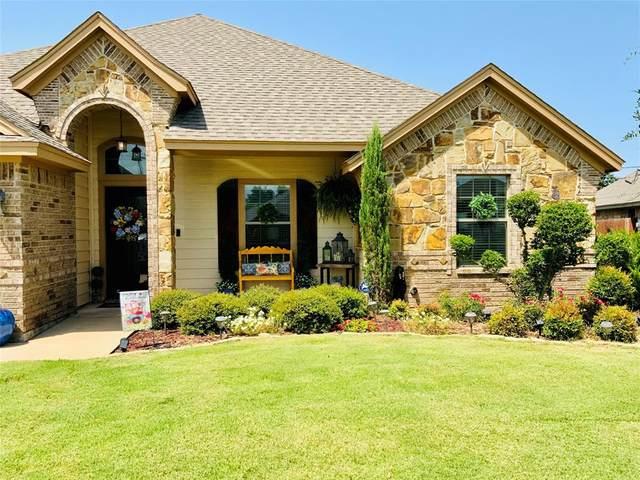 1403 Corto Street, Graham, TX 76450 (MLS #14634767) :: Real Estate By Design