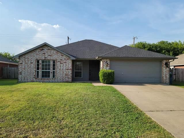 200 Apache Trail, Alvarado, TX 76009 (MLS #14634929) :: The Hornburg Real Estate Group
