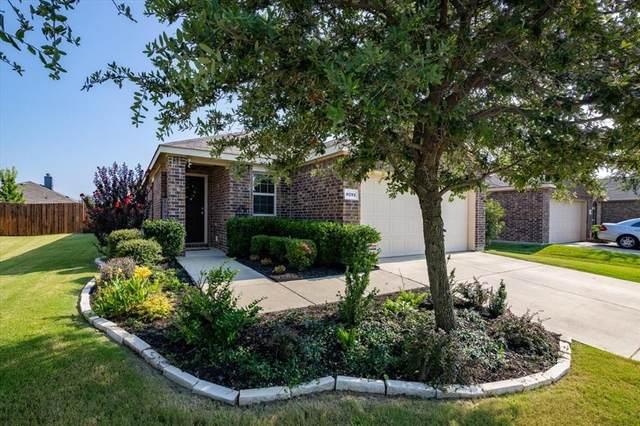 8721 Whirlwind Trail, Aubrey, TX 76227 (MLS #14635038) :: VIVO Realty