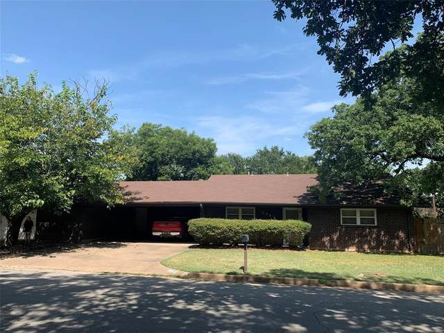 2205 Morningside Drive, Mineral Wells, TX 76067 (MLS #14635090) :: The Property Guys
