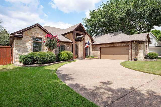 3312 Sycamore Drive, Flower Mound, TX 75028 (MLS #14635094) :: The Mauelshagen Group