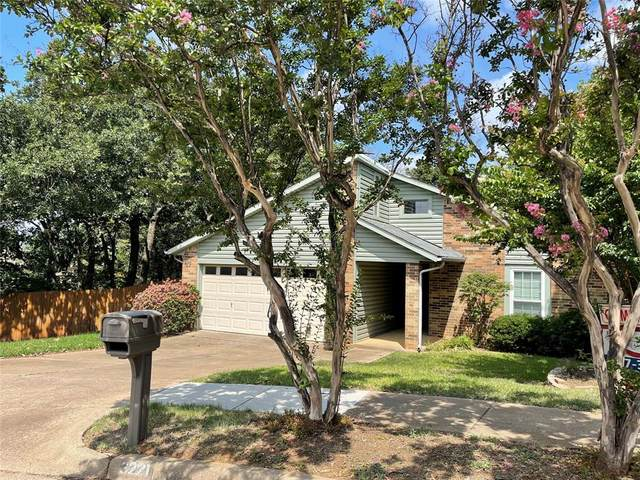 3221 Misty Court, Bedford, TX 76021 (MLS #14635358) :: Wood Real Estate Group