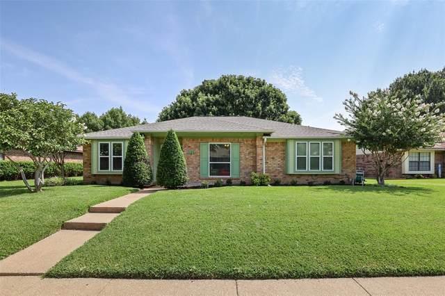 3106 Kingswood Drive, Garland, TX 75040 (MLS #14635415) :: The Krissy Mireles Team