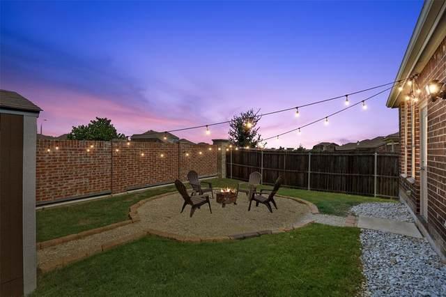 8109 Kurgan Trail, Fort Worth, TX 76131 (MLS #14635453) :: Frankie Arthur Real Estate