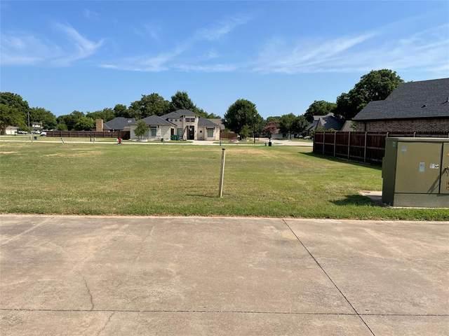 545 Chandler Court, Pilot Point, TX 76258 (MLS #14635613) :: Robbins Real Estate Group