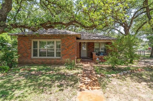 1810 11th Street, Brownwood, TX 76801 (MLS #14635618) :: Trinity Premier Properties